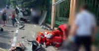 В Сочи машина после ДТП снесла остановку: погибли женщина и ребенок