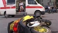 В Вологде двое подростков на скутере столкнулись с КамАЗом