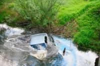 В Туве машина опрокинулась в реку: погибли 10 человек