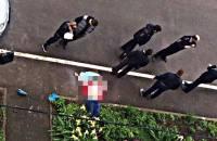 В Петербурге женщина выпрыгнула в окно во время обыска ее квартиры
