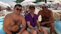 Украинцев возмутило пляжное фото Зеленского