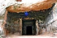 В Китае задержали членов банды, расхищавшей древние гробницы