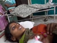 Житель Индии мужчина проиграл жену в покер насильникам