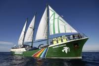 На Балтике пограничники блокировали судно Greenpeace