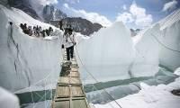 В Индии военные вывезли с ледника Сиачен 130 тонн мусора