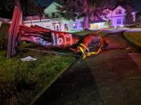 В Портленде протестующие демонтировали статуи Рузвельта и Линкольна