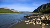 В Якутии три человека погибли в затонувшем вездеходе