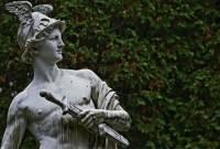 В Греции найдена голова античной мраморной скульптуры бога Гермеса