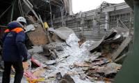 В Новосибирске рухнула кровля кафе, под завалами могут быть люди