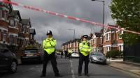 Полиция Лондона нейтрализовала мужчину, напавшего на прохожих