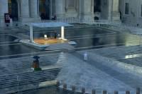 Папа Римский помолился о завершении пандемии