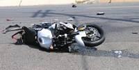 В Москве в ДТП с грузовиком погиб мотоциклист