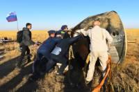 В Казахстане приземлился «Союз МС-15» с членами экипажа