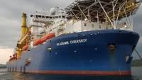 Трубоукладчик «Газпрома» вернулся в германский порт Мукран