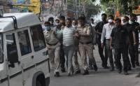В Индии при попытке побега застрелен подозреваемый в убийстве 8 полицейских