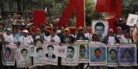 Сотни мексиканцев устроили беспорядки, требуя расследовать исчезновение 43 студентов в 2014 году
