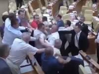 СК выясняет обстоятельства драки депутатов в Ульяновской области