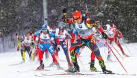 Российские биатлонисты завоевали золото в смешанной эстафете