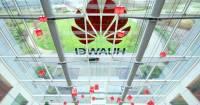 Уровень поставок смартфонов Huawei резко упал из-за санкций США
