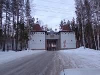 В Среднеуральском монастыре искали подозреваемого в тройном убийстве