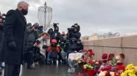 Место гибели Бориса Немцова посетил посол США