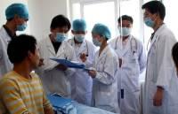СМИ: Токио просит Пекин прекратить ректальные проверки японцев на коронавирус