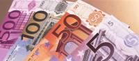 Франция из-за карантина будет ежемесячно тратить €11 млрд на пособия