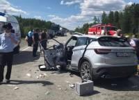 В ДТП на границе Свердловской области и ХМАО погибли четыре человека
