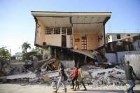 В Гаити до 2248 возросло число жертв землетрясения